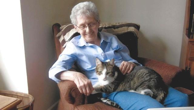 Abuela y su gato