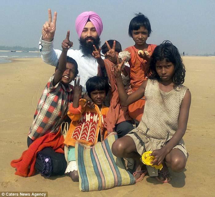 Sarwan Singh y sus hijos