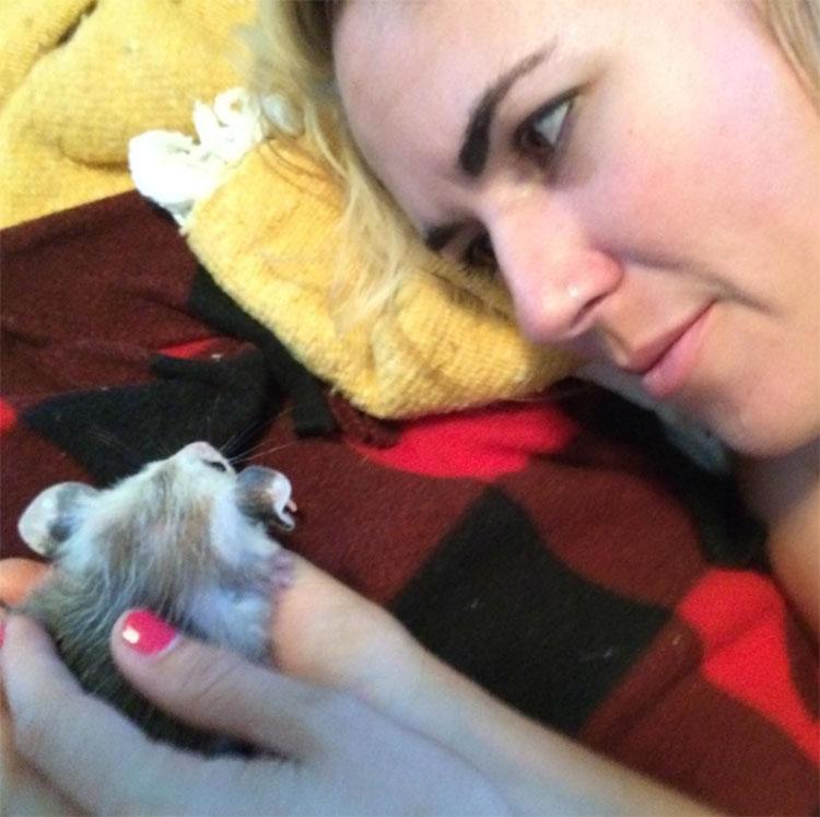 Poppy y su humana