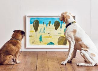 Los perros también aprecian las maravillas del arte gracias a la primera exposicion de arte contemporánea para perros