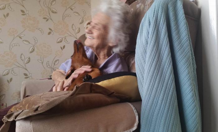 esta anciana