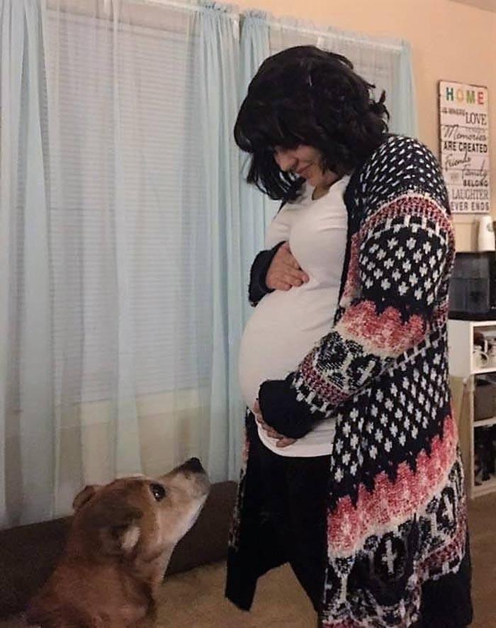 Rocky acompañó a Beth durante el embarazo