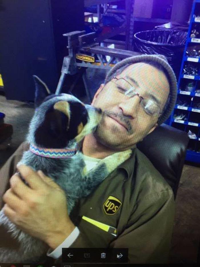 Doniel disfruta mucho compartir con los animales