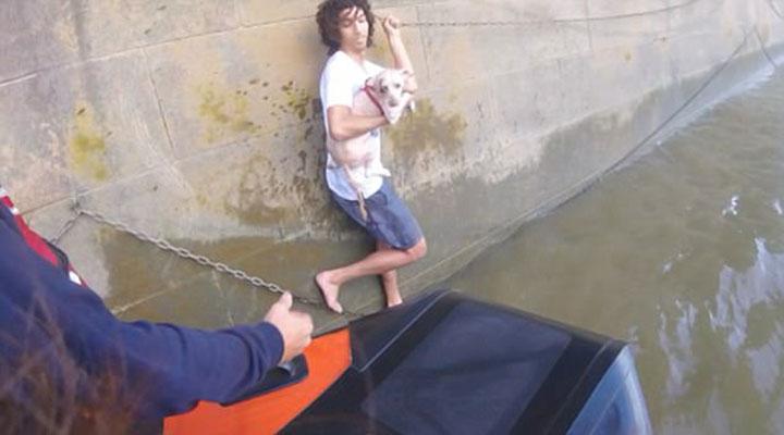 Hombre rescatado río támesis