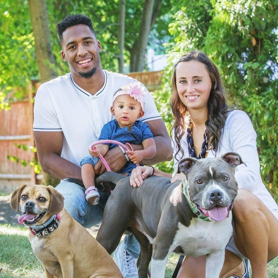 Logan Ryan y su familia