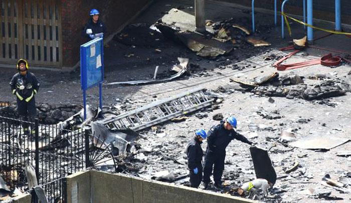 escombros del incendio