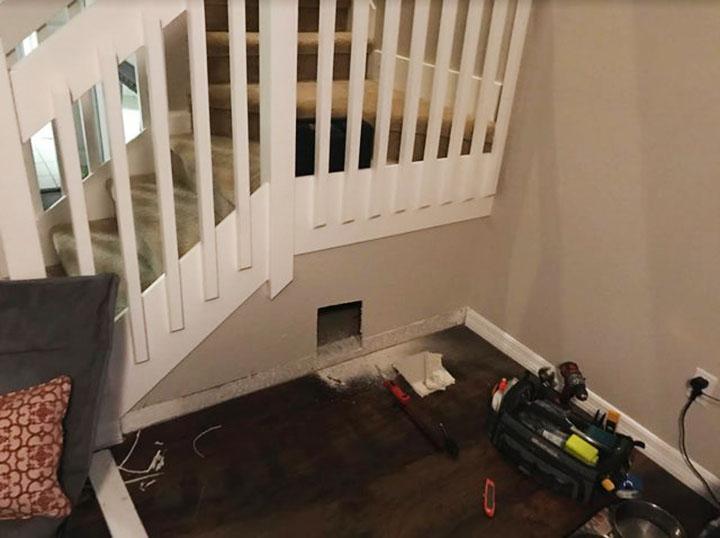 Habitación debajo de las escaleras