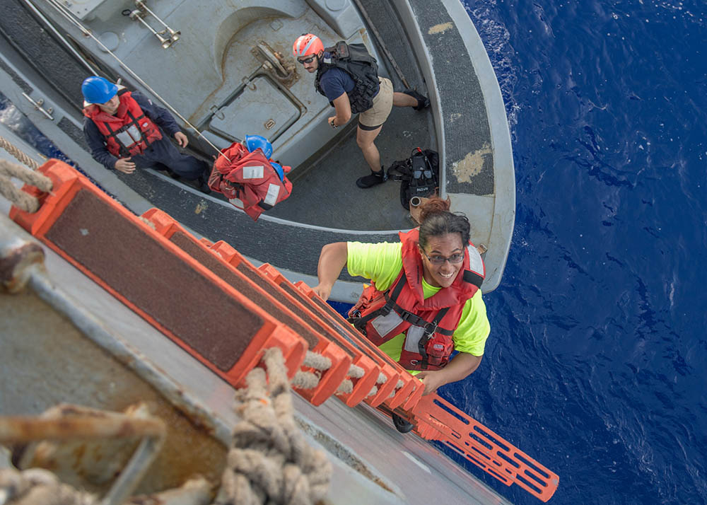 Mujeres varadas rescatadas