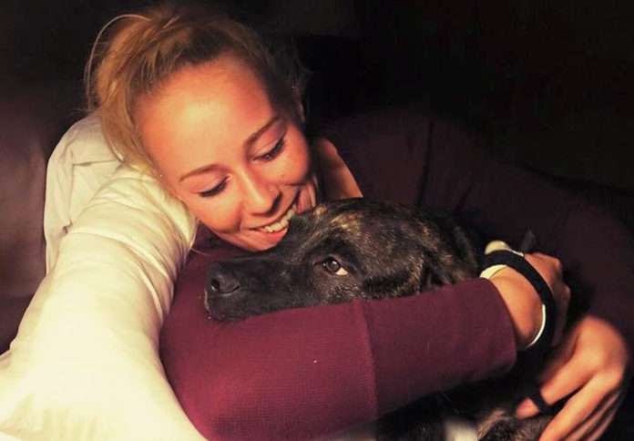 Mujer asesinada supuestamente por sus pitbulls