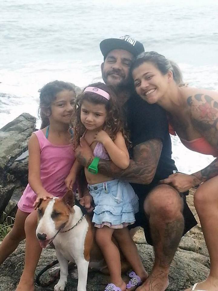 Kira y su familia