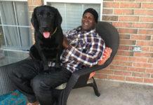 Después de 38 años es libre y se va a casa con su perro
