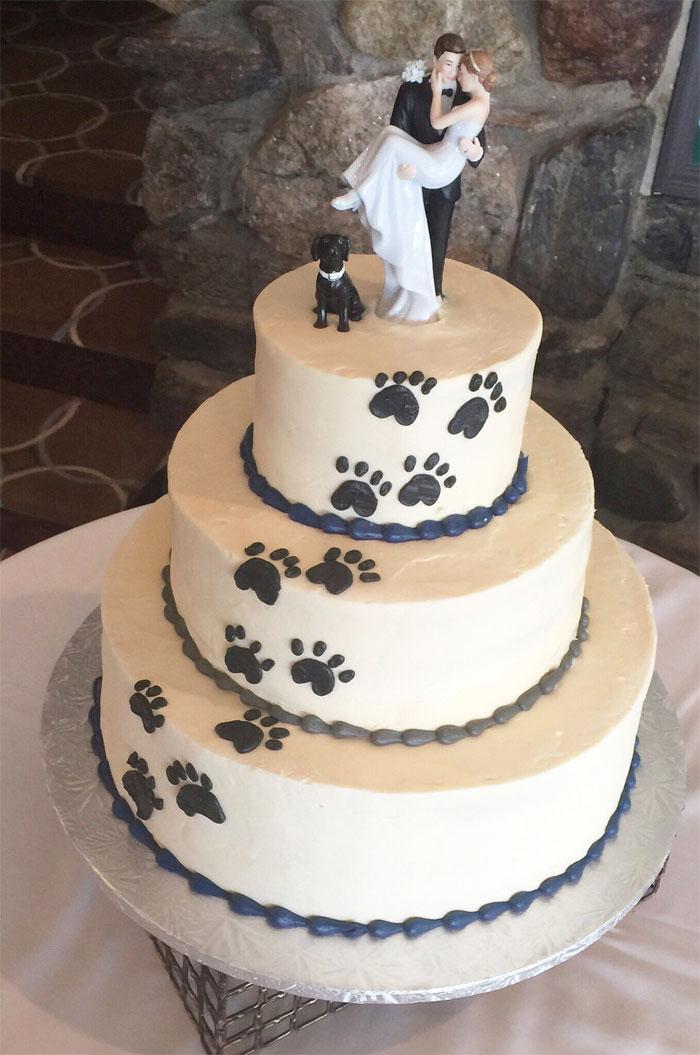 Huellas en el pastel
