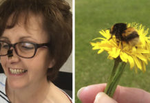 Mujer forma conexión con abeja