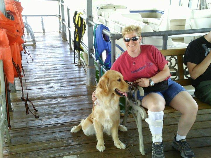 Mary y perro guía