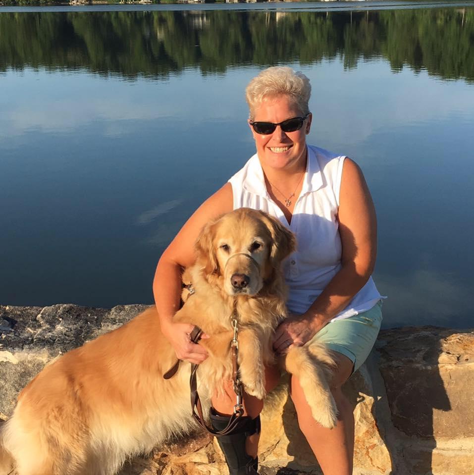 Mujer ciega y su perro