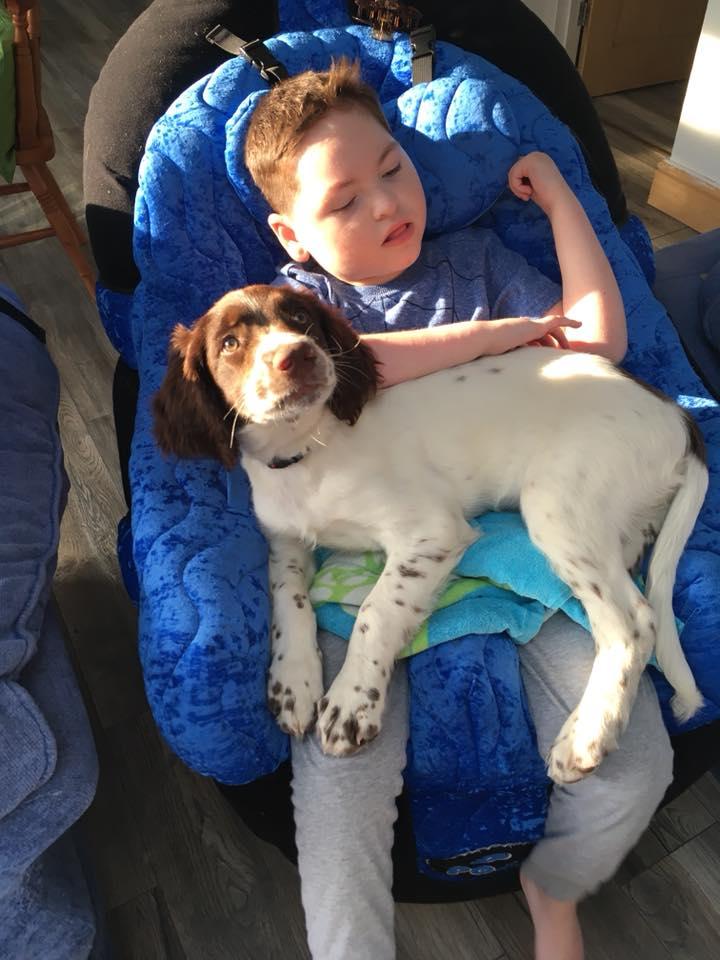 Hugh y su perrito