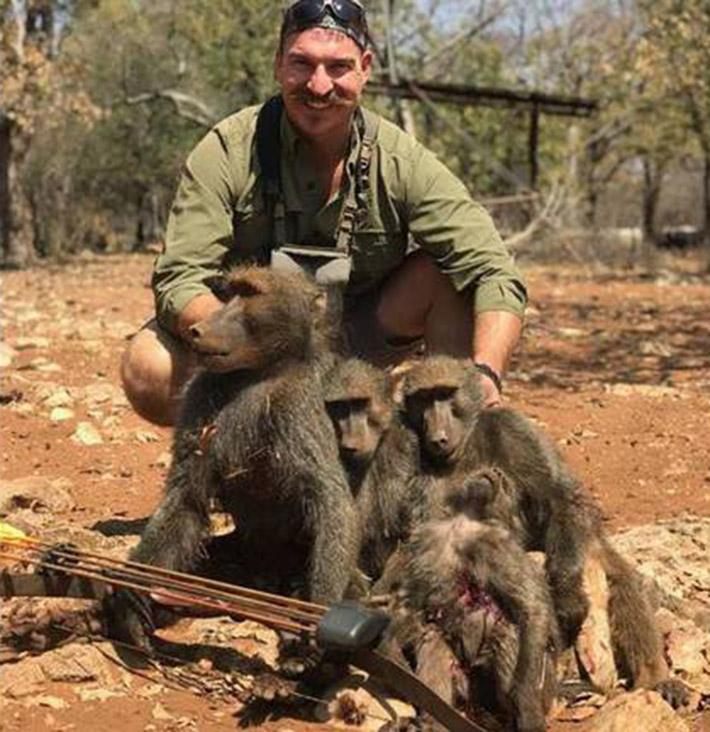 Fischer y la familia de babuinos