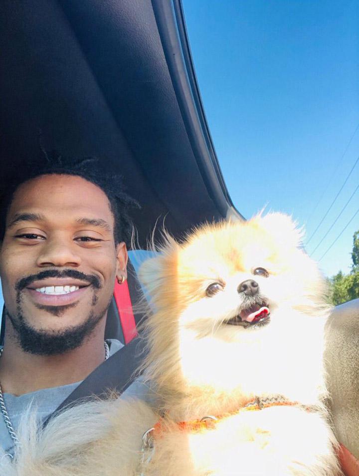 David Verburg y su perro