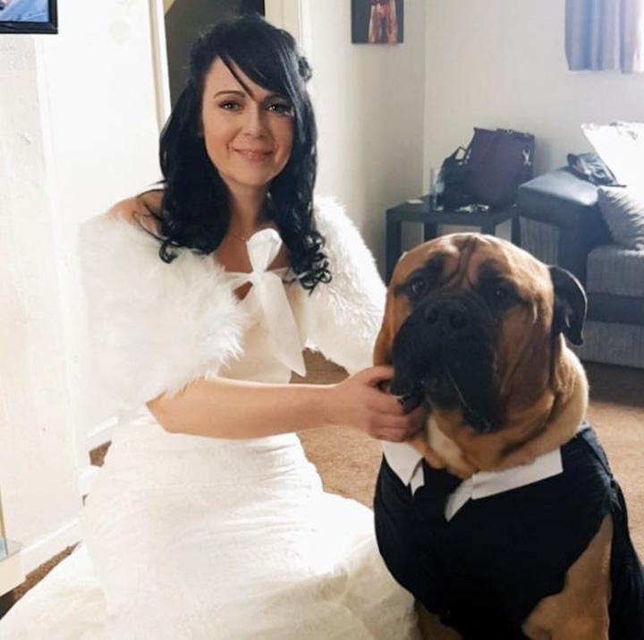 Estelle y su perro