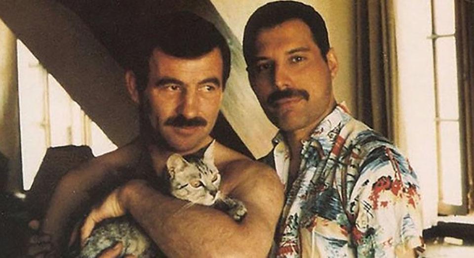 Freddie Mercury trataba a sus gatos como si fueran sus hijos