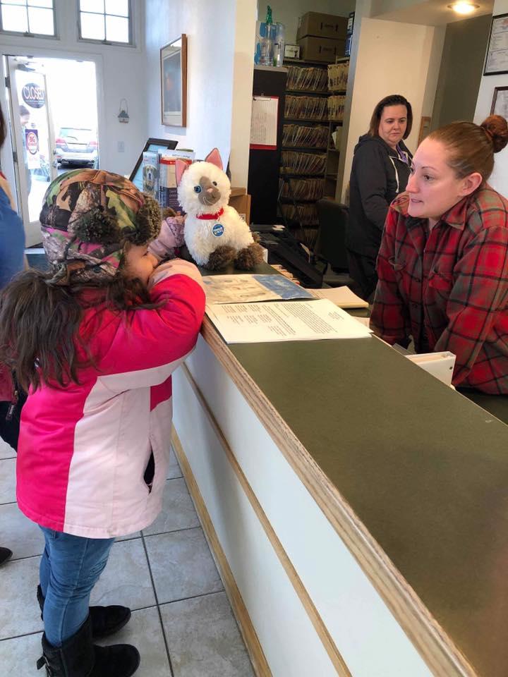Jazmine lleva a Donnie al veterinario