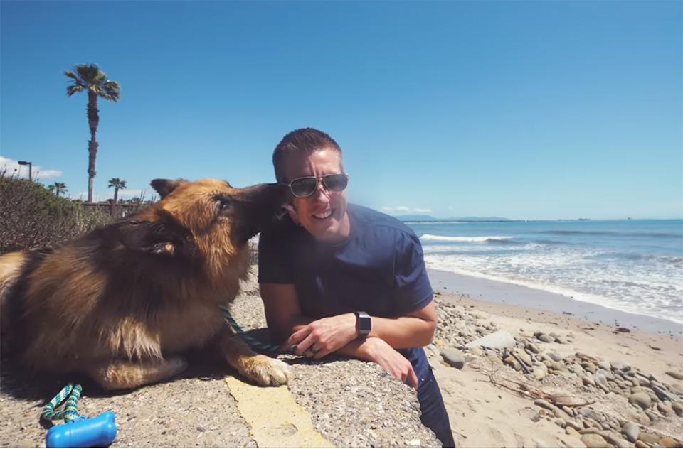 Herschel y Rocky en el mar