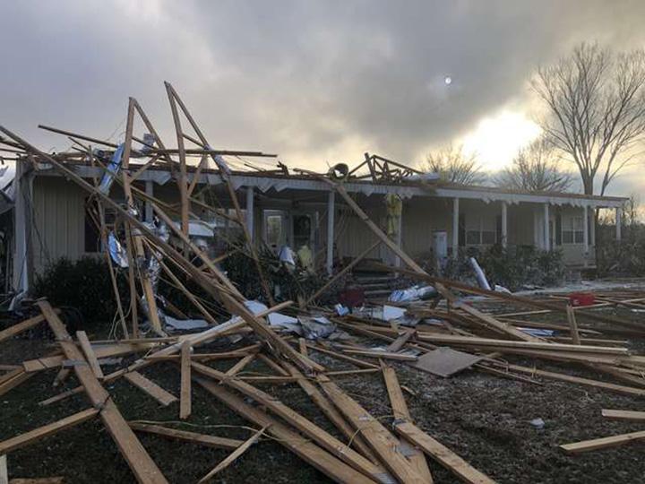 Casa destruida por tornado