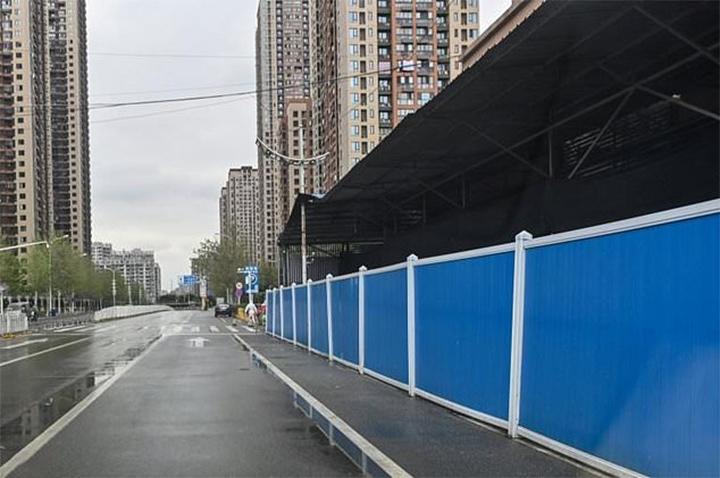 Mercado chino cerrado por virus
