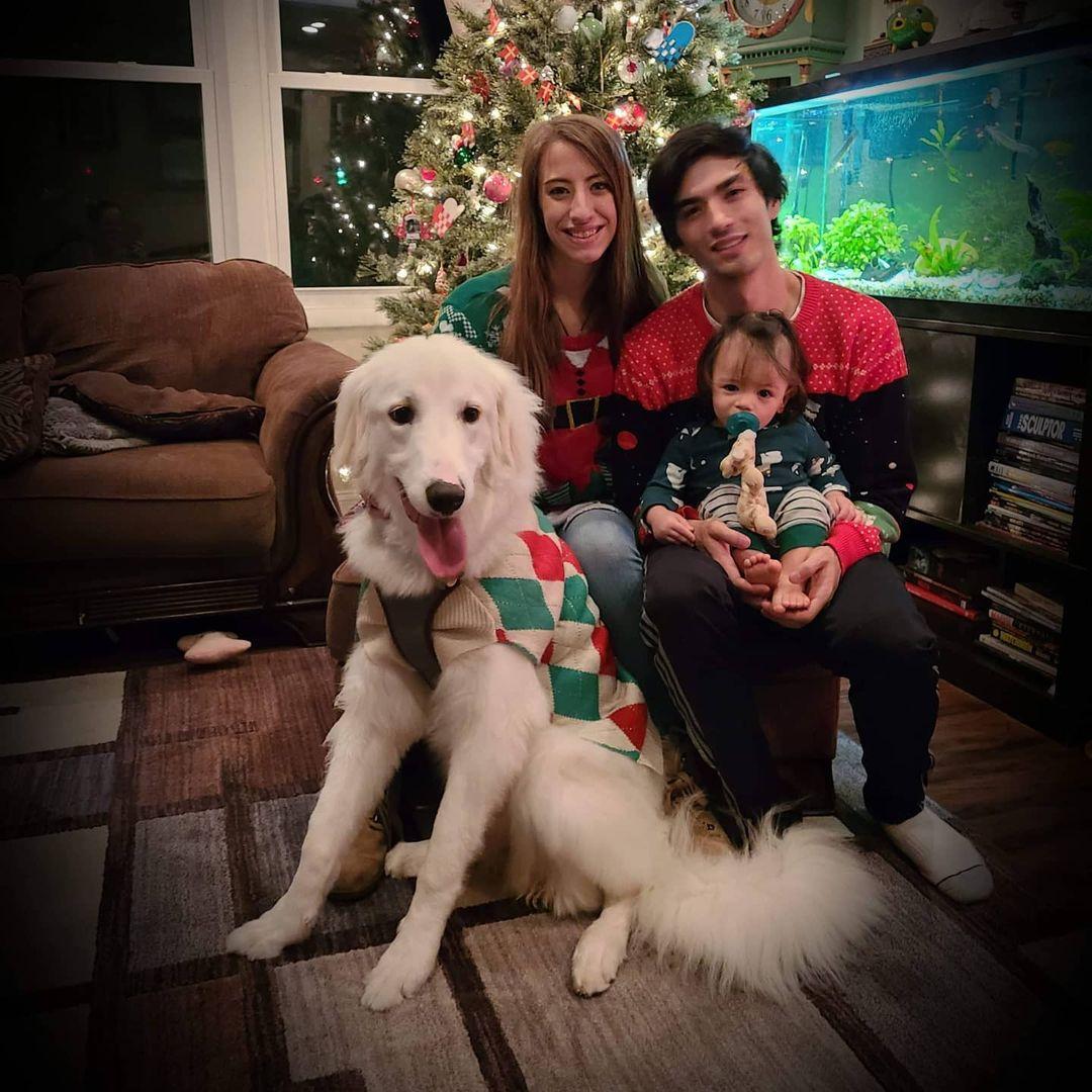 Familia y su adorable mascota