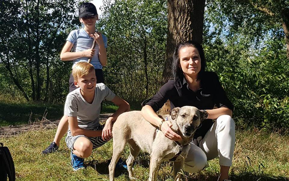 Helen adoptada familia Evelyn