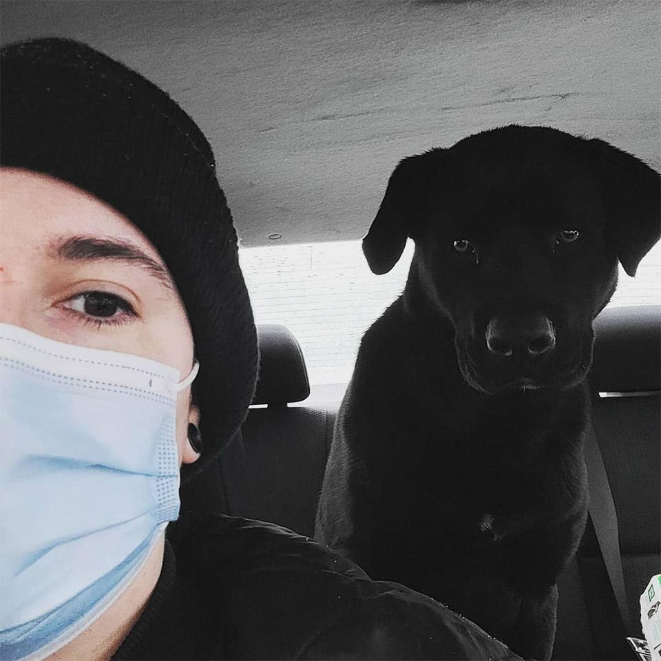 Mujer salvó perrito
